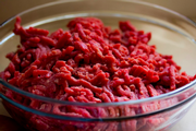 17 Tons of Raw Ground Beef Recalled After Plastic Pieces Found