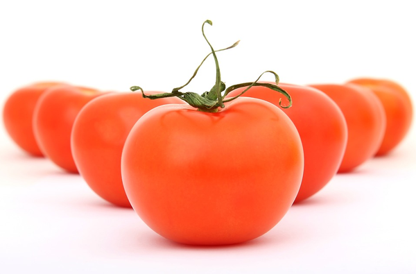 tomatoes food safety-pixabay.png